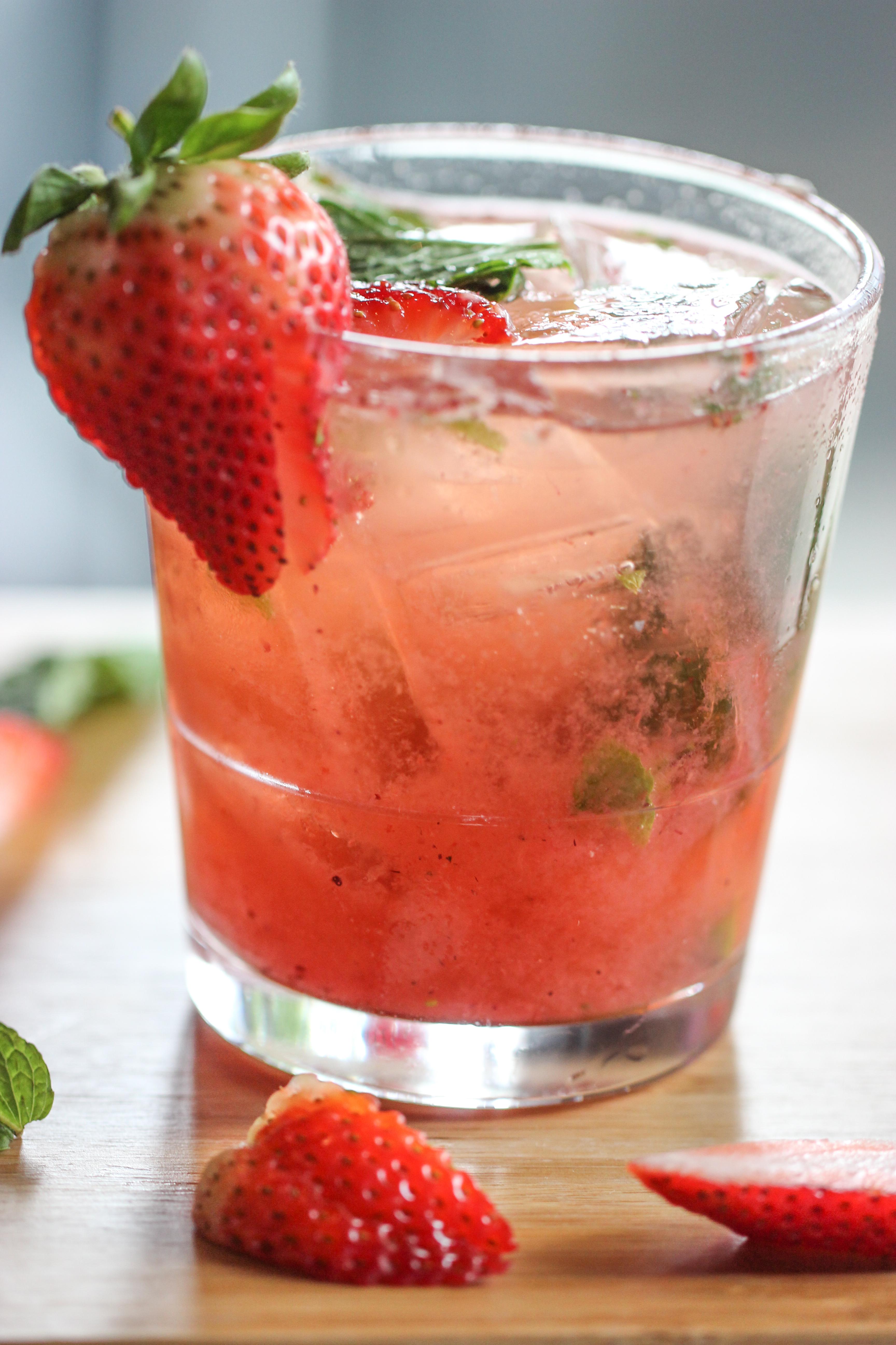 Strawberry_Mojito-14
