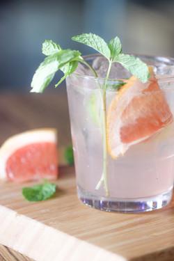 Grapefruit_Champagne-4_1400x2100_300_RGB
