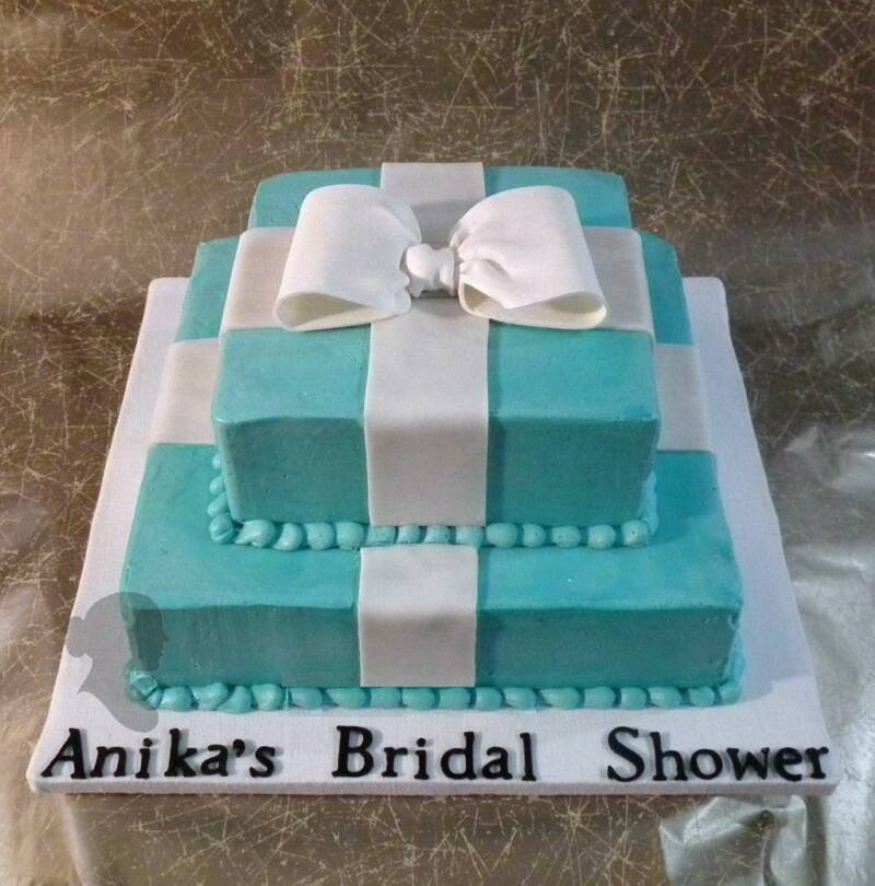 Bridal_Shower_Black_Cake2.jpg