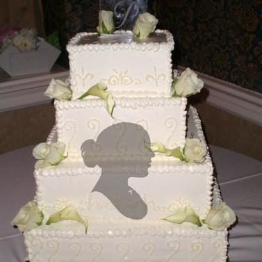 Tamika___Taron_Wedding_Cake_2_PM.jpg