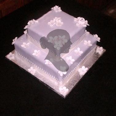 Norma_s_wedding_cake_PM.jpg