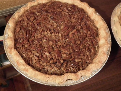 Delicious_Maple_Pecan_Pie_PM.jpg