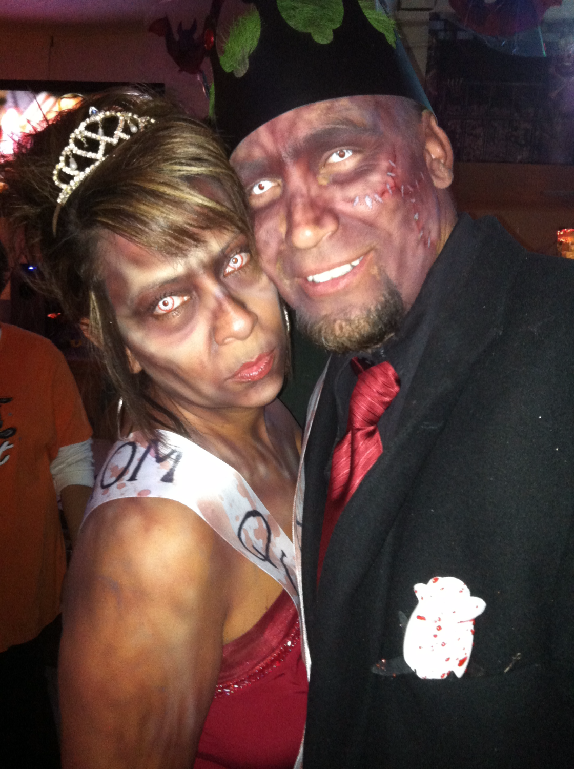 Zombie Prom Queen & King