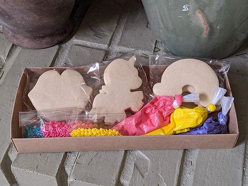 Unicorn & Rainbow Decorating Kit