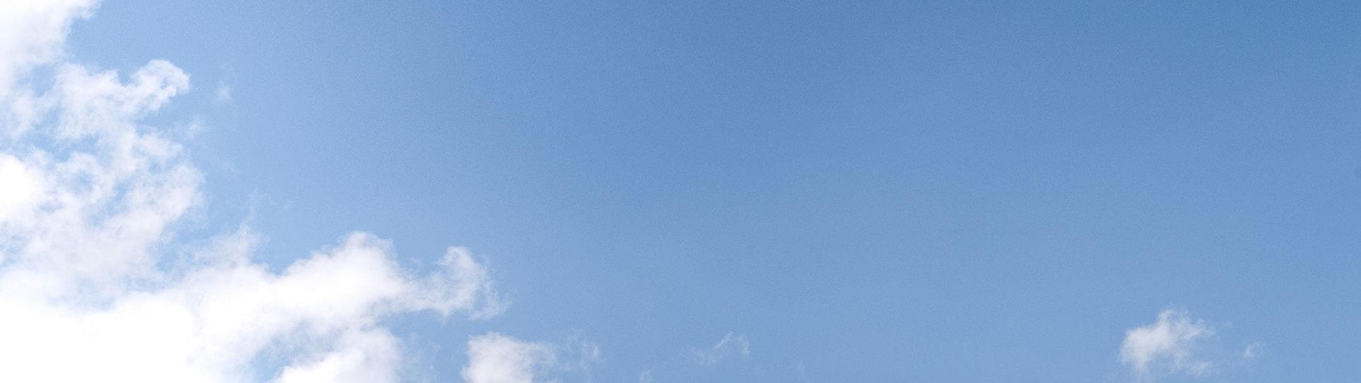 fond-ciel-bleu.jpg