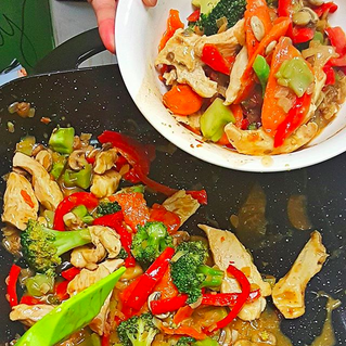 Healthy eating is NOT expensive! PLUS: Budget Chicken Stir Fry Recipe