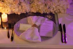 Montaje de plato y servilleta