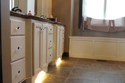 Master-Bathroom-Lighting-Under-Cabinet.j