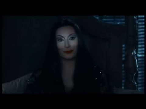 Lighting Morticia Addams, Addams Family Values (1993).