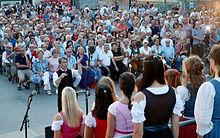 Publikum LINDWURMSINGEN6.jpg