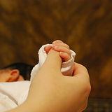 baby-hands-251273_1920.jpg