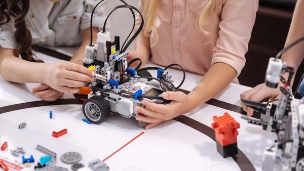Stage robotique ados Pays de Gex CSC Les Libellules