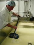 Pushing the curd back prior to whey off