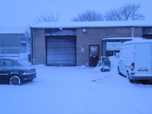 Stu's picture of our little unit in Hawes this morning at around 9am