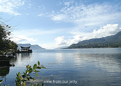 Zoes Paradise Lake Toba.png