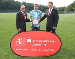 2015.07.28 Sportplatz-Patenschaft Kempenich - Bild 1