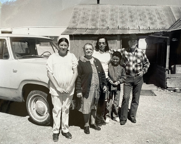 Extended family of Jesusita Aragon (second from left)