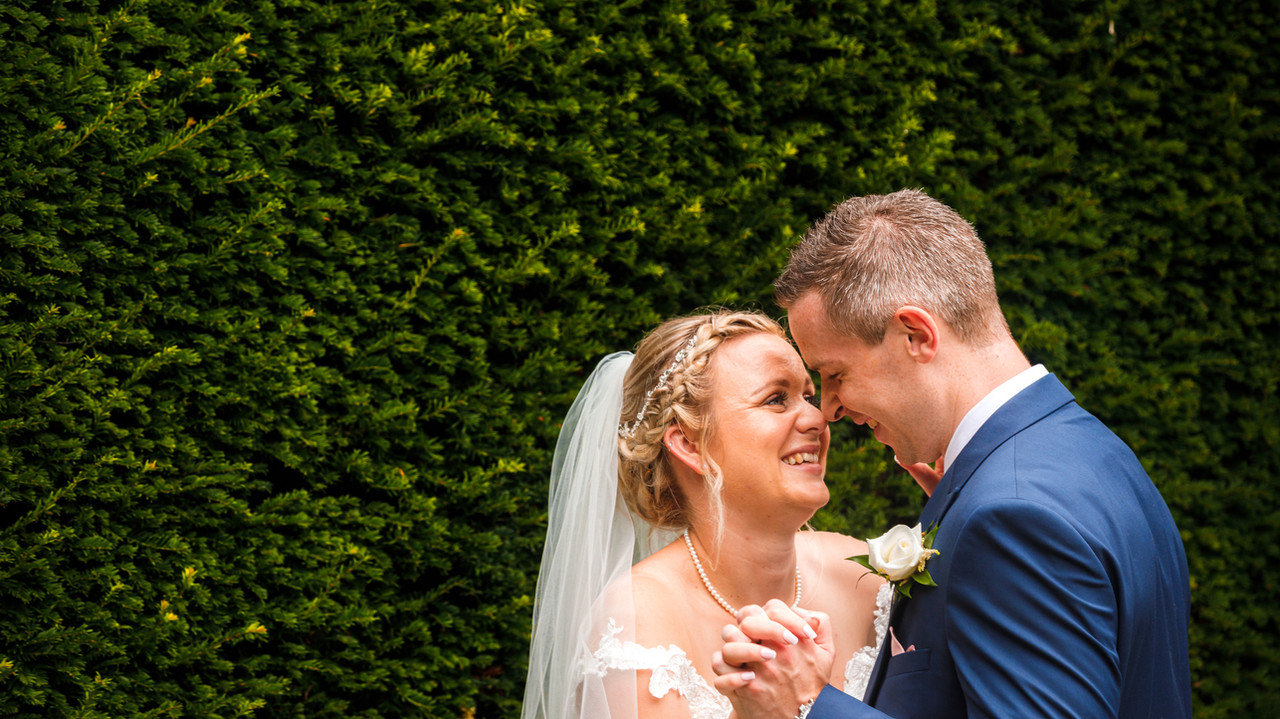 Allington Castle Wedding photographer Kent