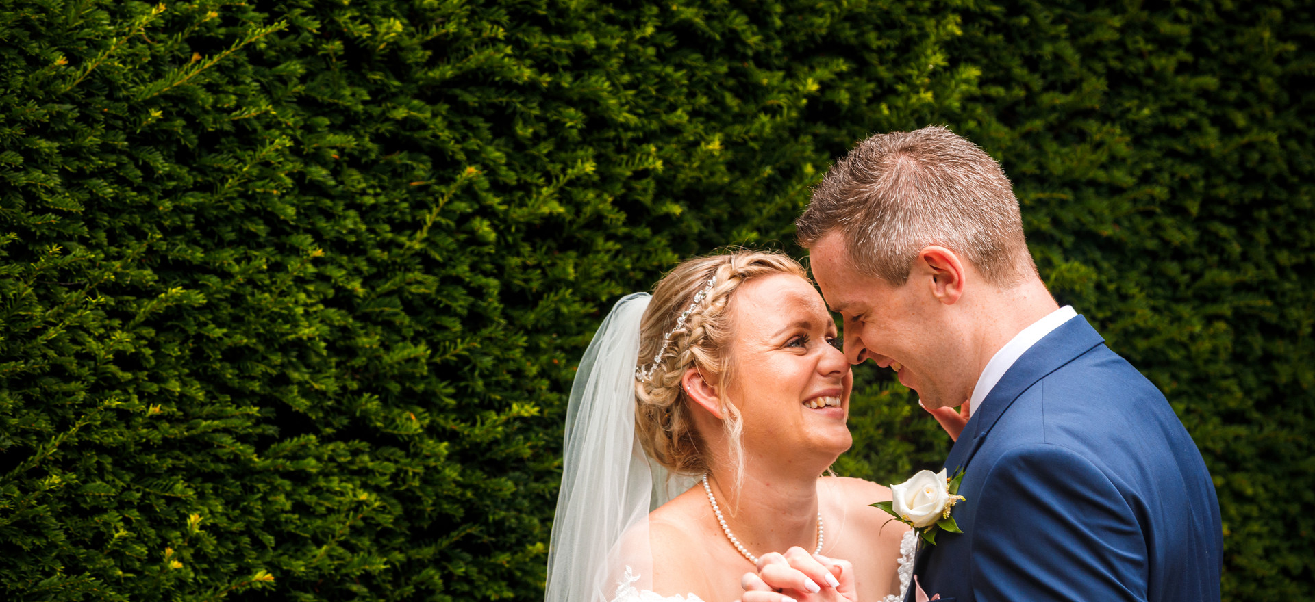 Allington Castle Wedding photographer Kent