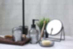 vintage-glass-bathset-homewood-internati