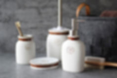4-piece-vintage-bath-set-with-letter-hom
