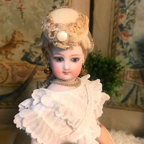 Charming Fashion Hat~Golden Beige