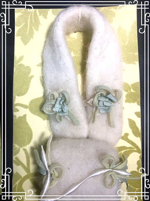 Creme Felted Wool Stole & Muff