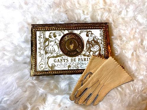 Deluxe Fashion Gloves in Original Box