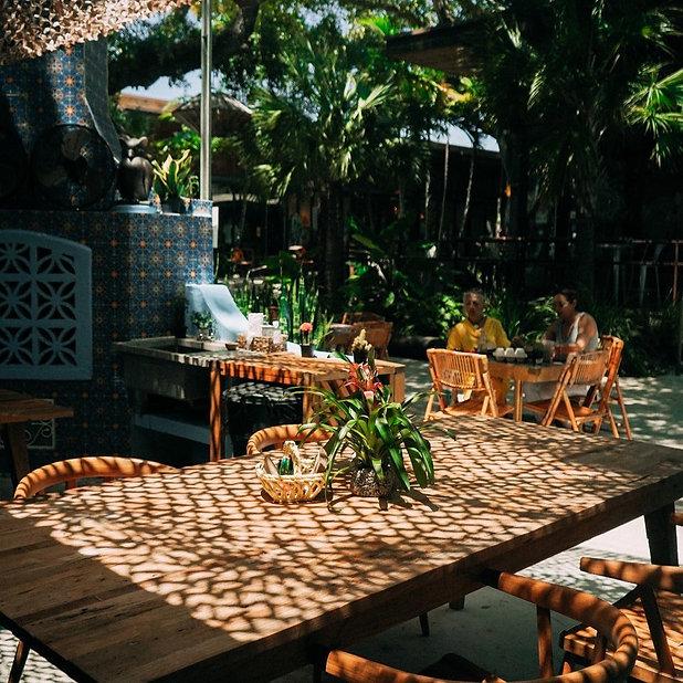 Mayami Cocina Table.jpg