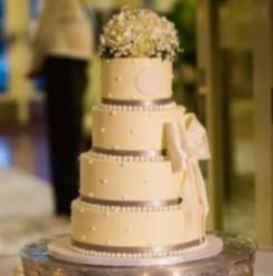 Signature Wedding Cake - Classic
