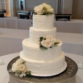 Signature Wedding Cake - Simple.