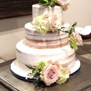Signature Wedding Cake - Naked