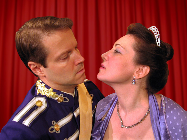 Lunt & Fontanne: The Celestials of Broadway