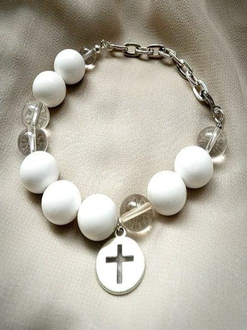 Bracelet手鍊/ -Crystal水晶(10mm)/ -white Agate白瑪瑙(12mm)/ length: 20cm