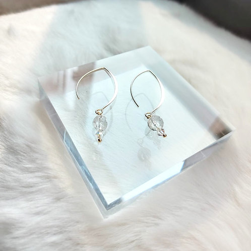 耳環、白水晶(8MM)、施華洛水晶(4MM)、鍍K金