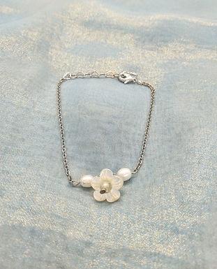手鏈Bracelet/淡水珍珠Pearl(5mm)/貝殼珍珠Mother of Pearl/白水晶crystal(8mm)/鍍金Gold-plated