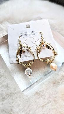 耳環、淡水珍珠(8mm/5mm)、SWAROSKI水晶(4mm)、白水晶(8mm)、包14K金