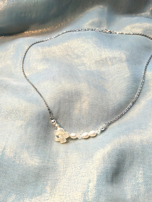 頸鍊Necklace/貝殼珍珠Mother of Pearl/淡水珍珠Pearl/Swarovski施華洛世奇水晶/鍍金Gold-plated