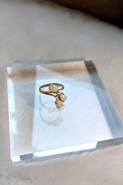 戒指、澳寶(6mm*8mm)、14k金