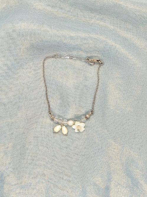 手鏈Bracelet/貝殼珍珠MOP(5mm)/施華洛世奇水晶Swarovski(4mm)/白水晶crystal(8mm)/鍍金Gold-plated