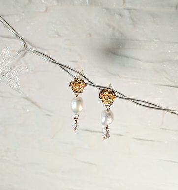耳環Earrings/巴洛克珍珠Pearl(10mm)/施華洛世奇水晶Swarovski(4mm)/鍍金Gold-plated(玫瑰)