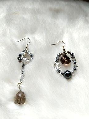Earring耳環/ -Smoky quartz茶晶(10mm) /-Iron stone鐵石(5mm)/ -Crystal水晶(5mm)
