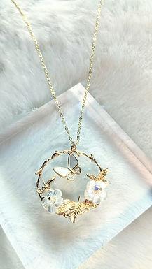 頸鏈、貝殼珍珠(12mm)、Swarovski水晶(4mm)、包14K金(35mm直徑)