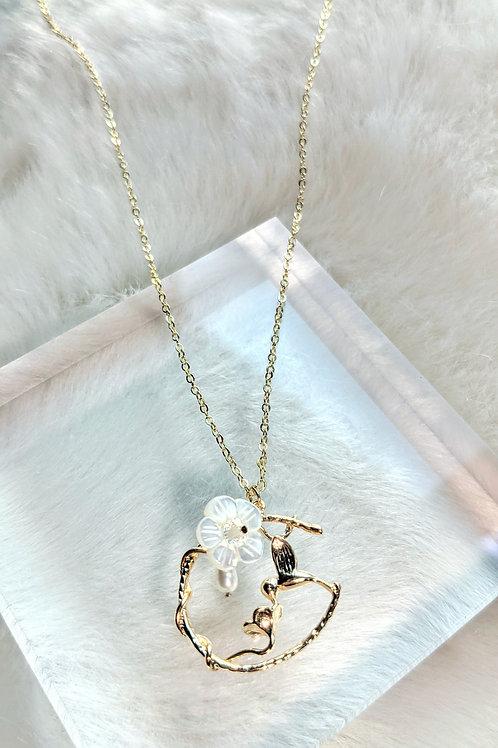 頸鏈、淡水珍珠(5mm)、貝殼珍珠(12mm)、白水晶(4mm)、包14K金