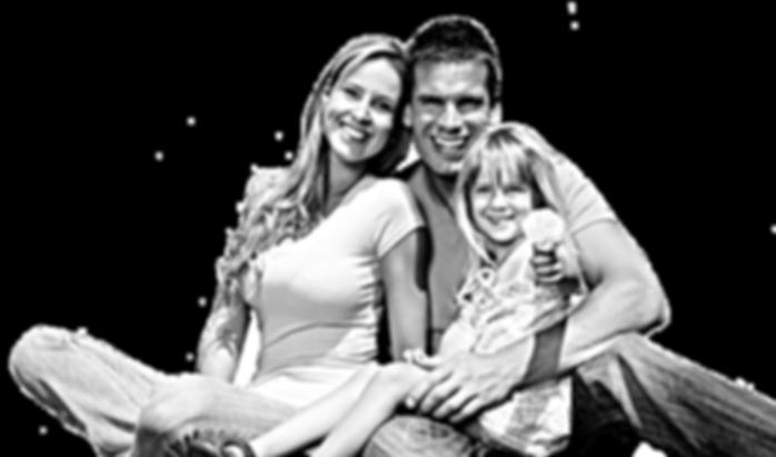 familie transparenta_edited_edited.png