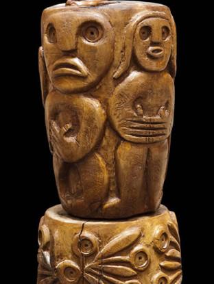 """PEDRO GILABERT GALLEGO (Arboleas, Almería, 1915 – 2008) """"Figura giratoria"""" Hacia 1988. 32x14x17 cms. Madera de olivo tallada"""