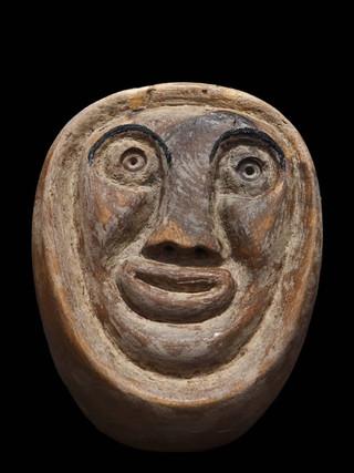 """PEDRO GILABERT GALLEGO (Arboleas, Almería, 1915 – 2008) """"Cabeza. Resto humano"""" Hacia 1985. 15x11x13 cms. Madera de olivo tallada"""