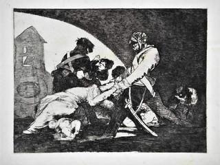 """""""Ni por esas"""". Grabado 11 de la serie Los desastres de la guerra 1810 - 1815. Primera edición (1863) Aguafuerte. Huella 15x20 cm"""