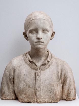 """Francisco López Hernández (Madrid, 1932 - 2017) """"Carmen López"""". 1978. Escayola. Altura 52 cms."""