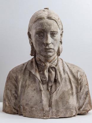 """Francisco López Hernández (Madrid, 1932 - 2017) """"Isabel"""". 1972. Escayola. Altura 54 cms."""